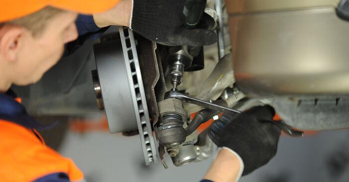 Priporočila korakov za DIY zamenjavo BMW E90 2009 325i 2.5 Blazilnik