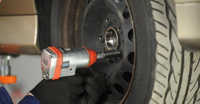 Federn BMW E90 318d 2.0 2008 wechseln: Kostenlose Reparaturhandbücher