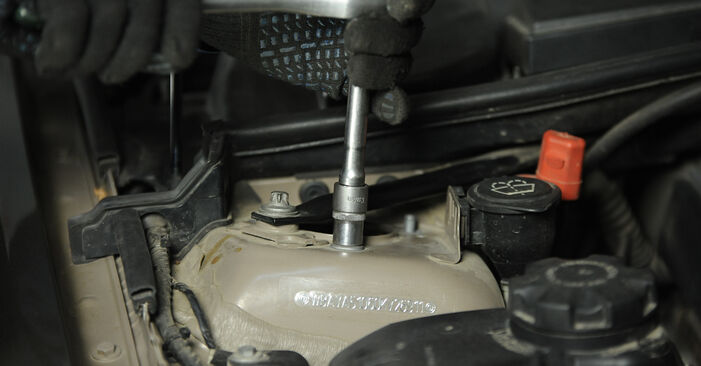 Wie Federn BMW E90 320d 2.0 2006 tauschen - Kostenlose PDF- und Videoanleitungen