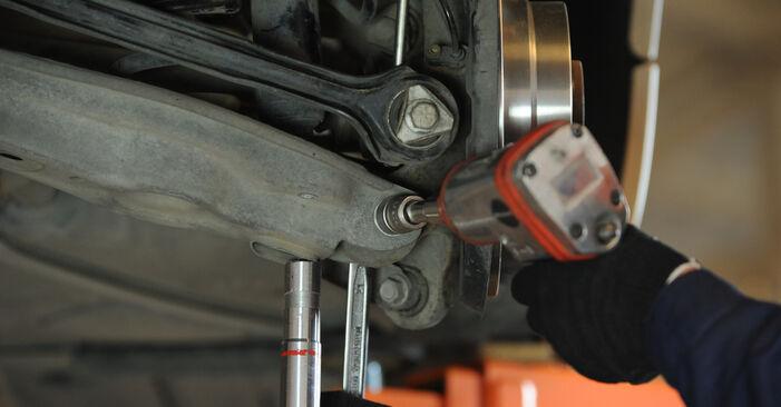 Wie schwer ist es, selbst zu reparieren: Federn BMW E90 325d 3.0 2006 Tausch - Downloaden Sie sich illustrierte Anleitungen