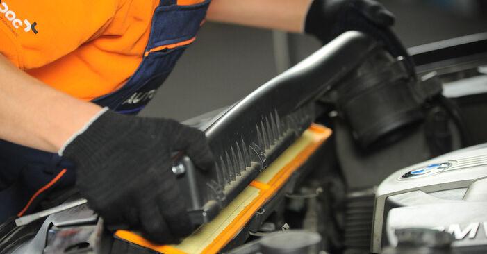 Luftfilter am BMW X3 (E83) 2.5 i 2008 wechseln – Laden Sie sich PDF-Handbücher und Videoanleitungen herunter