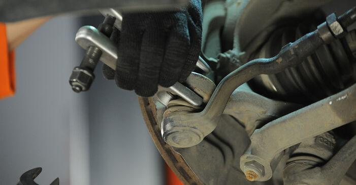 Spurstangenkopf beim BMW X3 xDrive30d 3.0 2010 selber erneuern - DIY-Manual