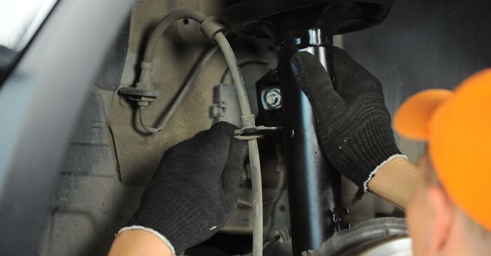 Wie BMW X3 3.0 sd 2007 Federn ausbauen - Einfach zu verstehende Anleitungen online