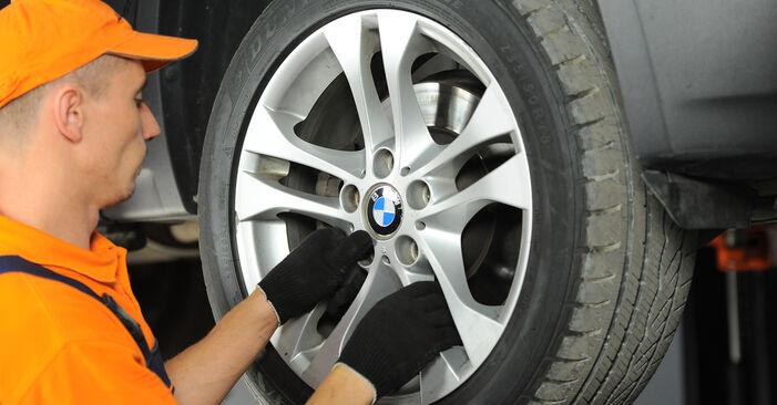 Önálló BMW X3 (E83) 3.0 i xDrive 2006 Kerékcsapágy csere