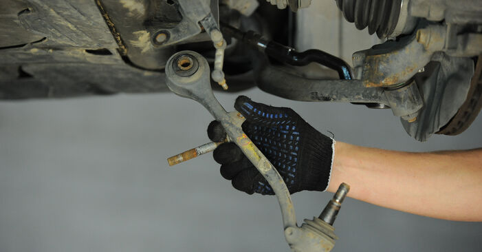 BMW X3 2.0 d Control Arm replacement: online guides and video tutorials