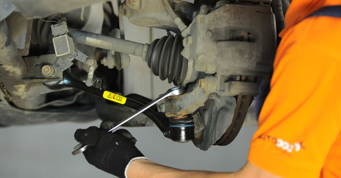 How to change Control Arm on BMW X3 (E83) 2006 - tips and tricks