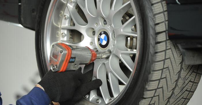 Wie BMW 5 SERIES 525tds 2.5 1999 Bremssattel ausbauen - Einfach zu verstehende Anleitungen online