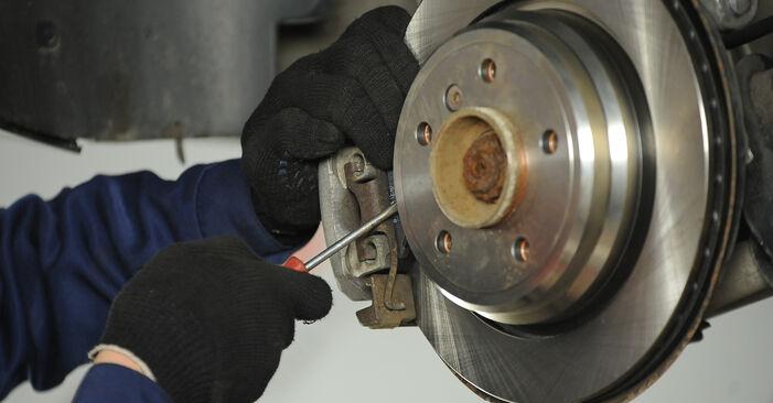 Bremssattel am BMW 5 Limousine (E39) 525d 2.5 2000 wechseln – Laden Sie sich PDF-Handbücher und Videoanleitungen herunter