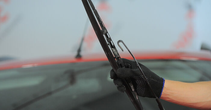 How to remove FORD MONDEO 2.2 TDCi 2004 Wiper Blades - online easy-to-follow instructions