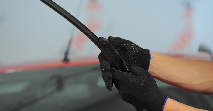 How to replace Wiper Blades on FORD MONDEO III Estate (BWY) 2005: download PDF manuals and video instructions