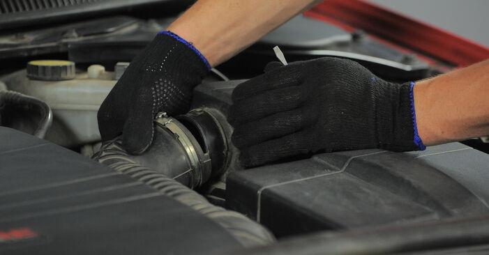 Luftfilter Ford Mondeo bwy 2.0 16V TDDi / TDCi 2002 wechseln: Kostenlose Reparaturhandbücher