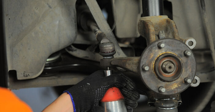 How to change Wheel Bearing on FORD MONDEO III Estate (BWY) 2004 - tips and tricks