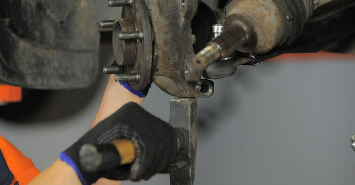 Step-by-step recommendations for DIY replacement Ford Mondeo bwy 2005 2.2 TDCi Wheel Bearing