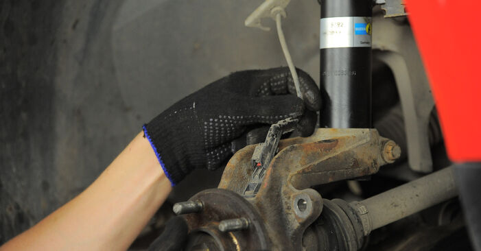 How to remove FORD MONDEO 2.2 TDCi 2004 Wheel Bearing - online easy-to-follow instructions