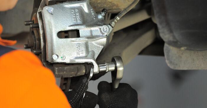 Wie Bremssattel Ford Mondeo Mk3 2.0 16V 2000 tauschen - Kostenlose PDF- und Videoanleitungen