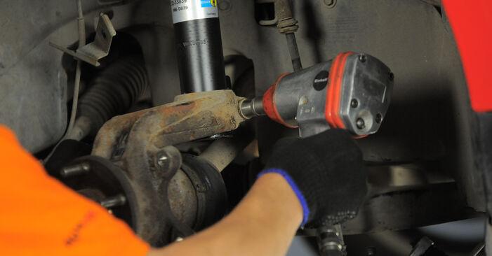 Stoßdämpfer Ford Mondeo bwy 2.0 16V TDDi / TDCi 2002 wechseln: Kostenlose Reparaturhandbücher