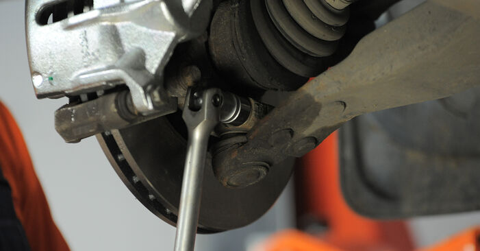 How to replace Control Arm on FORD MONDEO III Estate (BWY) 2005: download PDF manuals and video instructions