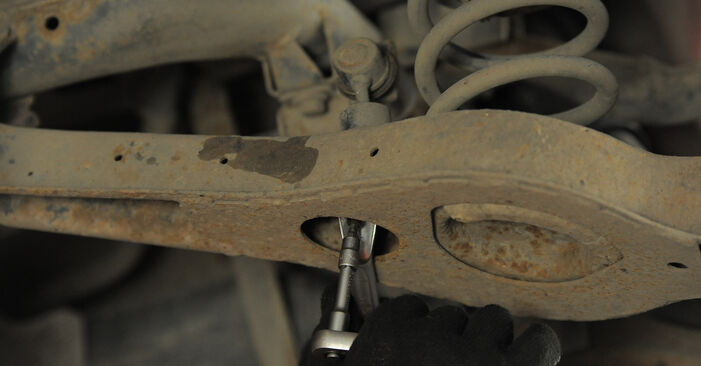 Wie schwer ist es, selbst zu reparieren: Federn Ford Mondeo Mk3 ST220 3.0 2006 Tausch - Downloaden Sie sich illustrierte Anleitungen