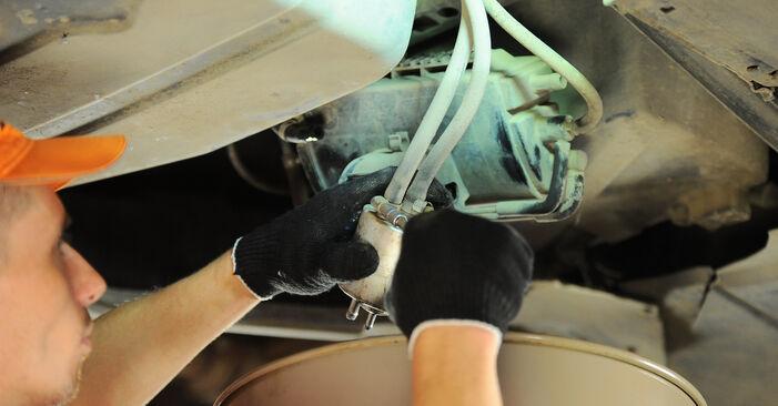 Kraftstofffilter Ihres Mercedes W168 A 160 CDI 1.7 (168.007) 1997 selbst Wechsel - Gratis Tutorial