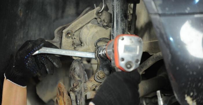 Radlager Mercedes W168 A 160 1.6 (168.033, 168.133) 1999 wechseln: Kostenlose Reparaturhandbücher