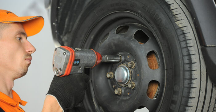 Replacing Wheel Bearing on Mercedes W168 1999 A 140 1.4 (168.031, 168.131) by yourself