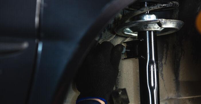 Austauschen Anleitung Federn am Mercedes W168 1999 A 140 1.4 (168.031, 168.131) selbst