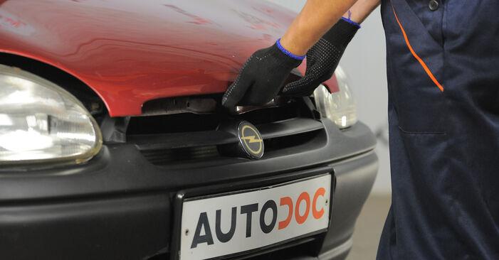 Wie man Innenraumfilter am Opel Corsa S93 1993 ersetzt - Kostenfreie PDF- und Videotipps