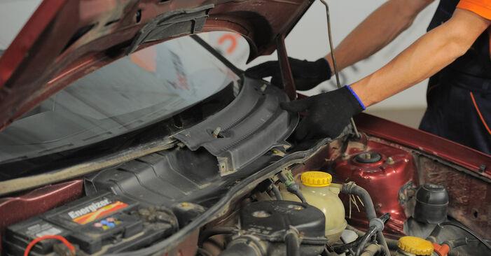 Hinweise des Automechanikers zum Wechseln von OPEL Corsa B Schrägheck (S93) 1.4 i (F08, F68, M68) 1997 Innenraumfilter