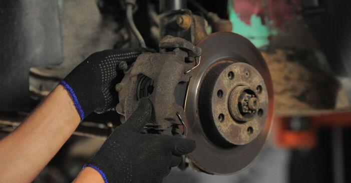 Bytt Bremseskiver på Opel Corsa S93 1993 1.0 i 12V (F08, F68, M68) alene