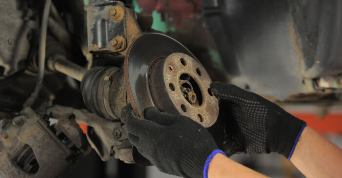 Bytt Bremseskiver på OPEL Corsa B Hatchback (S93) 1.2 i (X 12 SZ, C 12 NZ) 1996 selv