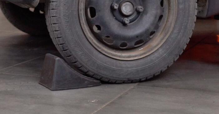 Kuidas asendada OPEL Corsa B Hatchback (S93) 1.0 i 12V (F08, F68, M68) 1994 Piduriklotside komplekt - üksikasjalikud juhendid ja videojuhendid