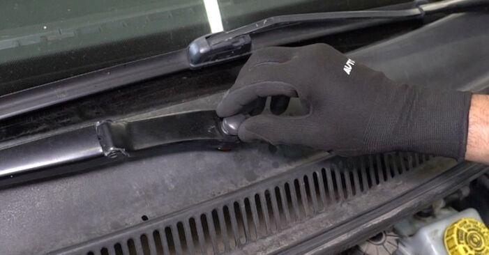 Wie schwer ist es, selbst zu reparieren: Federn VW T5 Kasten 1.9 TDI 2009 Tausch - Downloaden Sie sich illustrierte Anleitungen