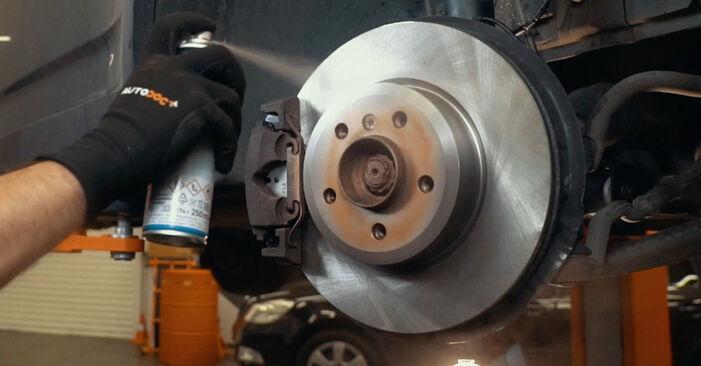 ABS Sensor BMW X3 E83 xDrive20d 2.0 2005 wechseln: Kostenlose Reparaturhandbücher