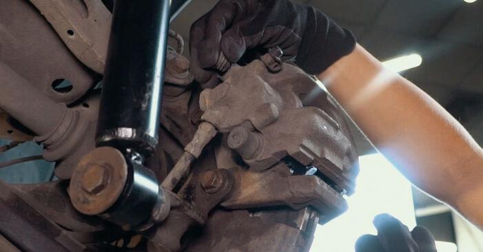 Wie Bremsscheiben BMW X3 (E83) 3.0 d 2004 austauschen - Schrittweise Handbücher und Videoanleitungen