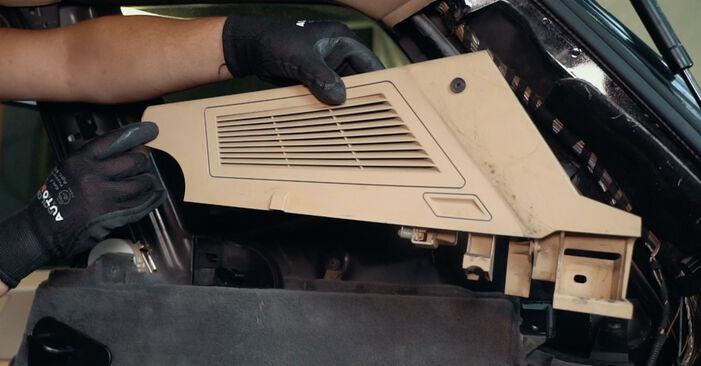 Så byter du BMW X3 (E83) 2.0 d 2004 Stötdämpare – manualer och videoguider att följa steg för steg