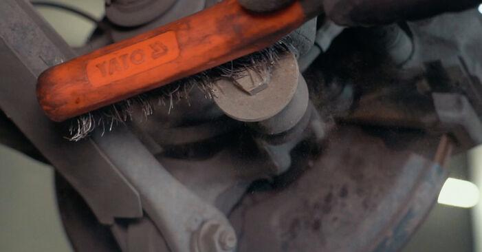 Steg-för-steg-rekommendationer för att byta BMW X3 E83 2007 3.0 sd Stötdämpare på egen hand