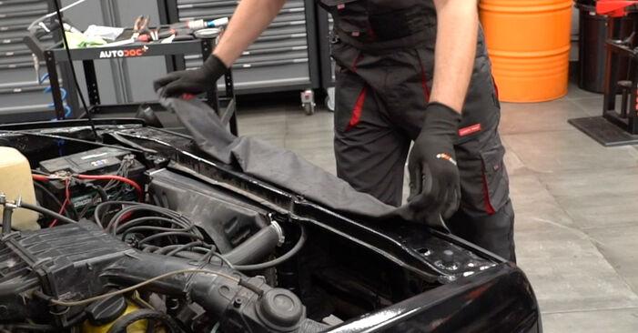 Bytte VW GOLF 1.8 GTI Oljefilter: Veiledninger og videoer på nettet
