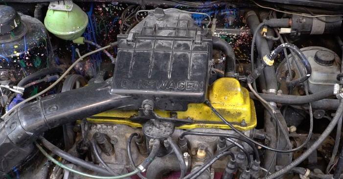 Thermostat VW GOLF II (19E, 1G1) 1.8 GTI 16V 1985 wechseln: Kostenlose Reparaturhandbücher