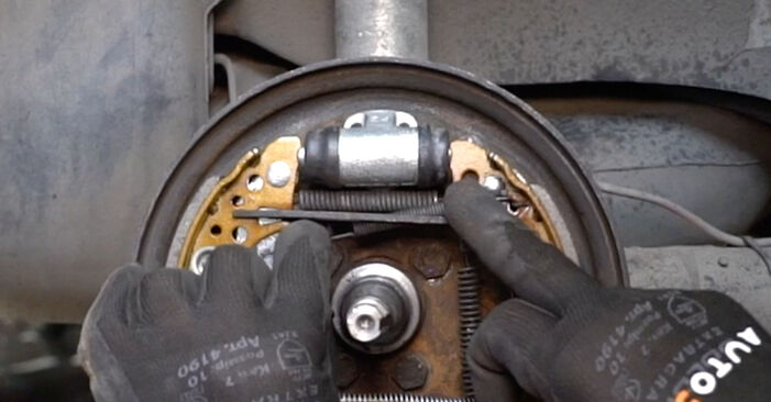 Changing of Brake Shoes on VW GOLF II (19E, 1G1) 1991 won't be an issue if you follow this illustrated step-by-step guide