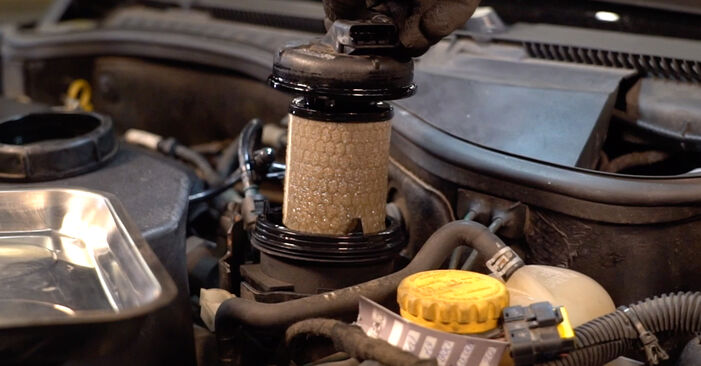 OPEL CORSA 2007 Filtre à Carburant manuel de remplacement étape par étape