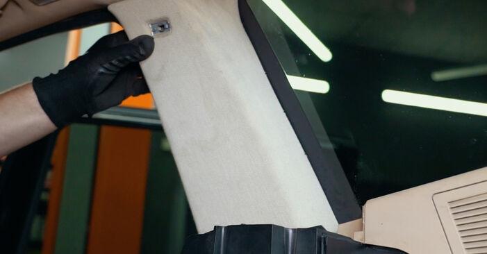 Tausch Tutorial Domlager am BMW X3 (E83) 2006 wechselt - Tipps und Tricks
