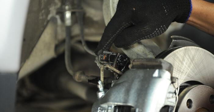 Bremssattel Ihres Audi A4 B6 1.9 TDI 2003 selbst Wechsel - Gratis Tutorial