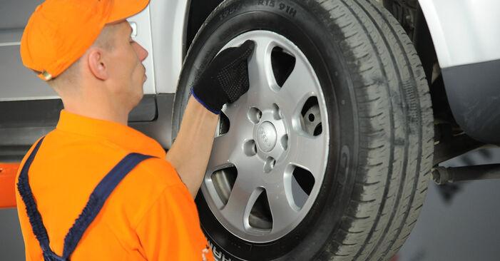 Wie AUDI A4 1.6 2004 Bremssattel ausbauen - Einfach zu verstehende Anleitungen online
