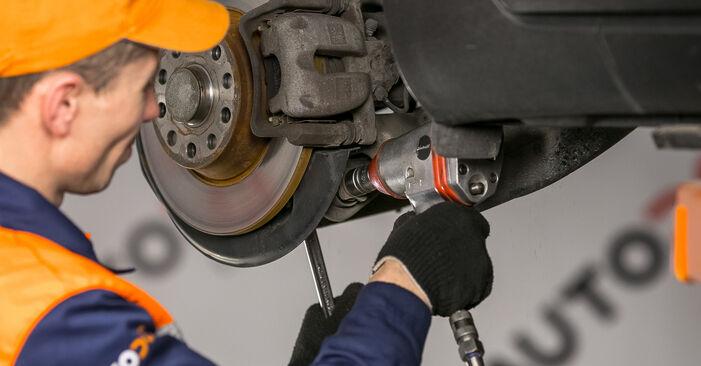 Comment remplacer Bras de Suspension sur VW Passat Variant (3C5) 2010 : téléchargez les manuels PDF et les instructions vidéo