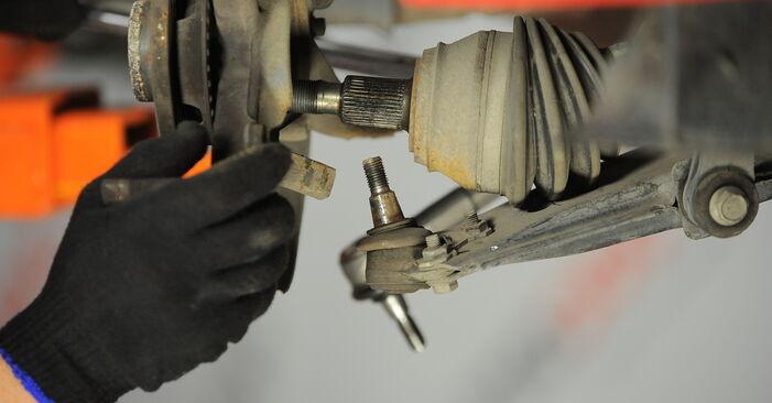 Golf 4 1.6 1999 Wheel Bearing replacement: free workshop manuals