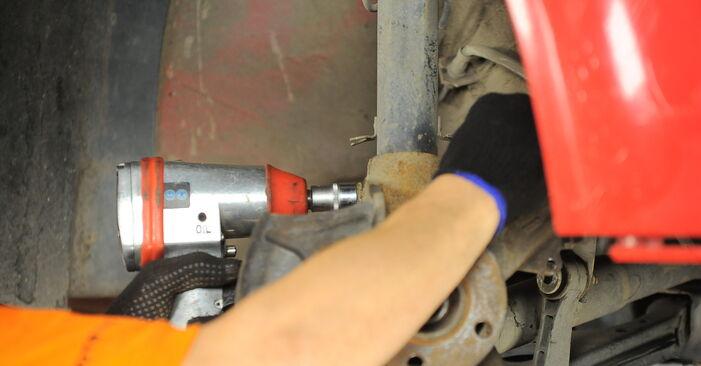 Golf IV Hatchback (1J1) 1.8 T 1999 Wheel Bearing DIY replacement workshop manual