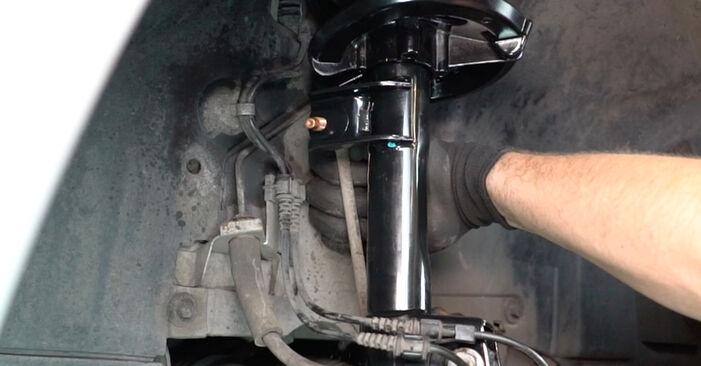 Stufenweiser Leitfaden zum Teilewechsel in Eigenregie von Mercedes W168 2002 A 190 1.9 (168.032, 168.132) Federn