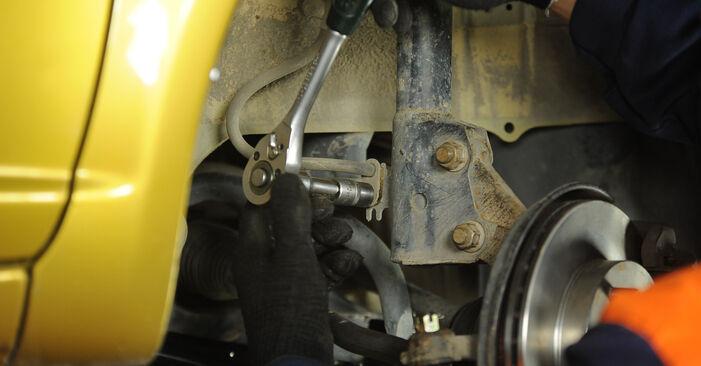 Yaris Hatchback (_P1_) 1.5 (NCP13_) 2003 Strut Mount DIY replacement workshop manual