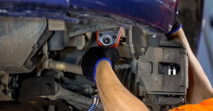 Sostituendo Supporto Ammortizzatore su Ford Fiesta V jh jd 2001 1.4 TDCi da solo