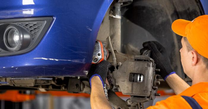 Quanto è difficile il fai da te: sostituzione Supporto Ammortizzatore su Ford Fiesta V jh jd 1.6 16V 2007 - scarica la guida illustrata